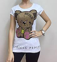 Летняя женская турецкая футболка  рисунком мишки светло серый