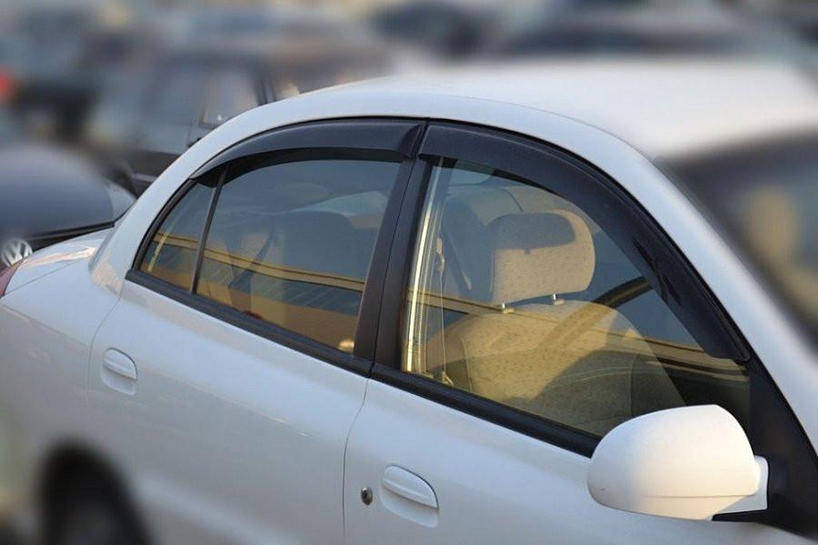 Дефлектори вікон вітровики на КІА KIA Rio 2 sd 2000-2005