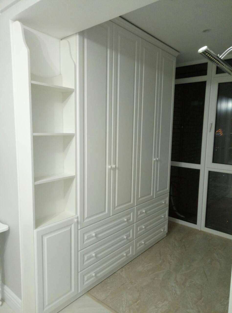 Классическая белая мебель для детской