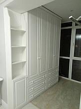 Класична біла меблі для дитячої