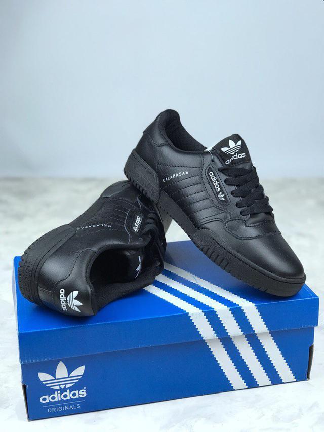 Кроссовки adidas Originals подходят как для занятий спортом 9f134410dc623