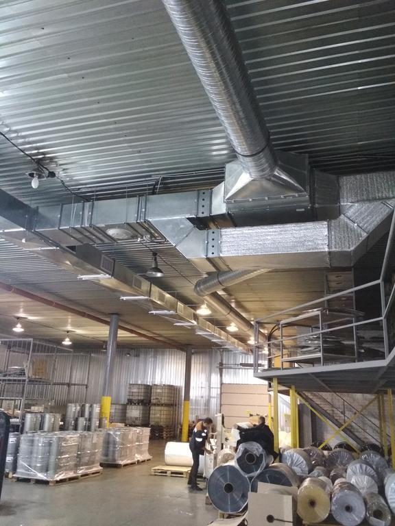 Монтаж приточно-вытяжной вентиляции с рекуперацией тепла в цехе печати