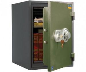 Огнеустойчивый сейф VALBERG FRS-49 CH