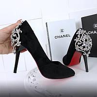 Туфли лодочки черные с декором из камней