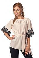 Модная женская блузка бежевого цвета