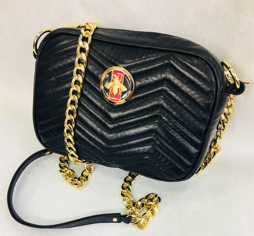 Женская кожаная сумка клатч