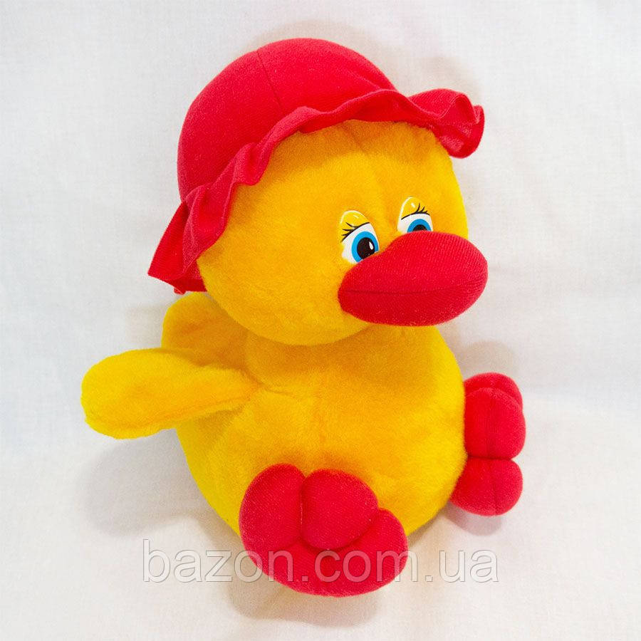 Мягкая игрушка Утенок в шапке девочка 26 см