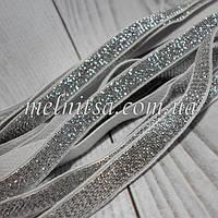Эластичная тесьма( резинка) с люрексом, 10 мм,  цвет серебро на белом фоне