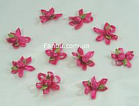 """Декор из атласной ткани с розой""""люкс""""малиновая3см(1 уп.10розочек)"""