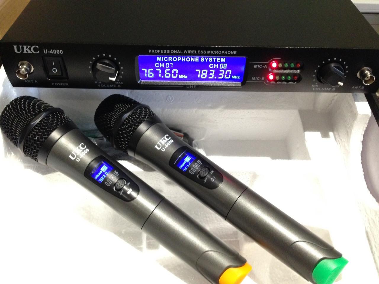 Микрофон UKC DM-4000  UHF база 2 радиомикрофона  Качество !!!
