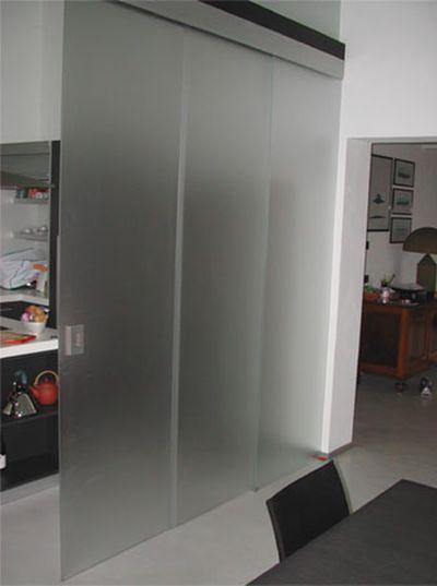 26 Стеклянная перегородка с раздвижной системой из стекла в офис - Зонирование стеклянной перегородкой