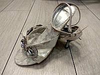 Красивые босоножки на каблуке со стразами Almelyno 36 размер