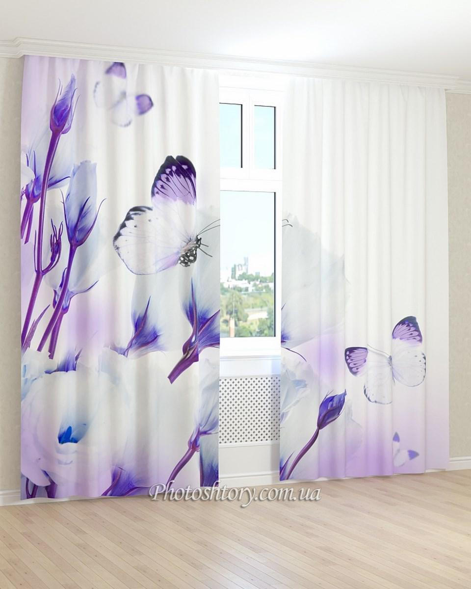 Фотошторы бело-фиолетовые цветы и бабочки