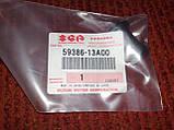 Пыльник нижней направляющей суппорта 400/650сс Suzuki Burgman SkyWave 59386-13A00, фото 4