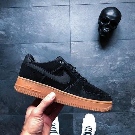 c8c2db49 Кроссовки в стиле Nike Air Force 1 Low '07 LV8 Suede Black Gum унисекс