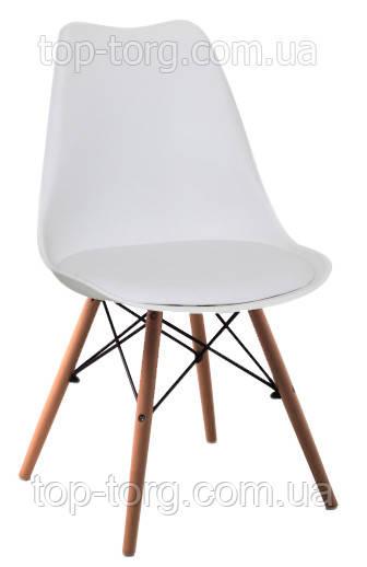 Стул Eric DS-263 белый твердая спинка полипропилен c мягким сиденьем эко кожа, кожзам, на деревянных ножках из массива бука. Металлическое крепление