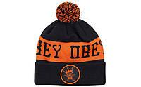 Шапка Obey черно-оранжевая с помпоном