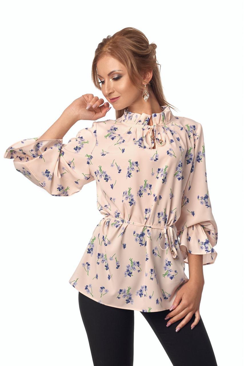 Нежная модная блузка с длинным рукавом и воротником стойка