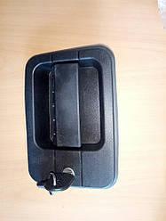 Ручка дверей ліва EuroCargo/Star/Tech(з личинкою)