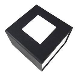Черная подарочная картонная коробочка для наручных часов