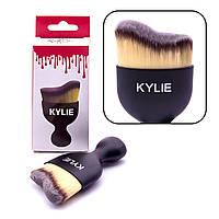 Кисть для макияжа KYLIE (изогнутая)
