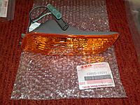 Левый передний поворотник (желтый) 650сс Suzuki Burgman SkyWave 35602-10G00, фото 1