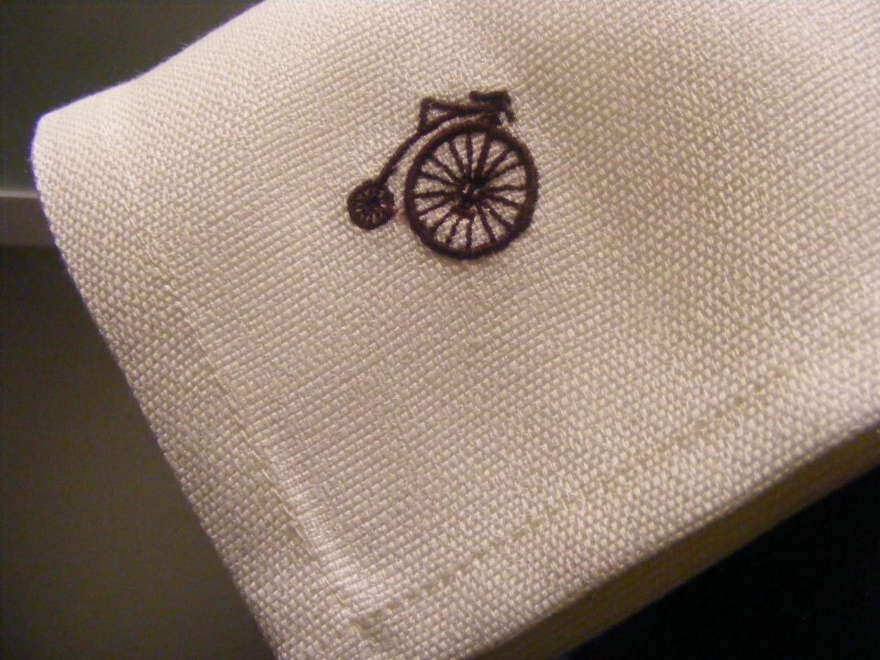 Пошив текстиля с вышивкой