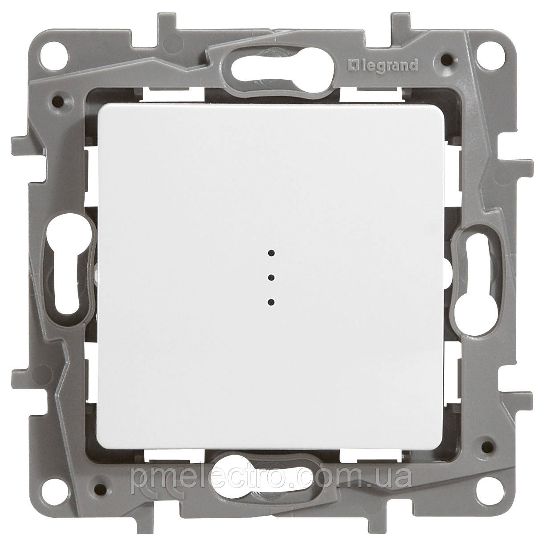 Выключатель/переключатель с подсветкой Etika белый