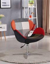 Дизайнерское мягкое кресло Сван, пачворк на хромированной основе