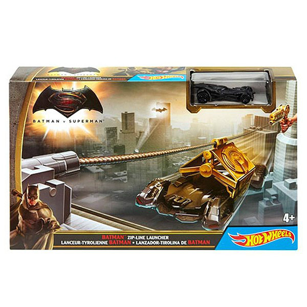 Hot Wheels Трек Спаси Готэм Сити серия Бэтмен против Супермена Batman DPL87 zip line launcher with batman
