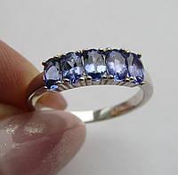Кольцо с изумительными танзанитами 5х3мм. Размер 18.0