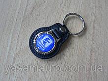 Брелок кожзам округлый KAMAZ логотип эмблема автомобильный на авто ключи комбинированный КАМАЗ