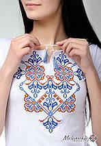 Жіноча футболка на короткий рукав у білому кольорі із оригінальною вишивкою «Елегія», фото 2