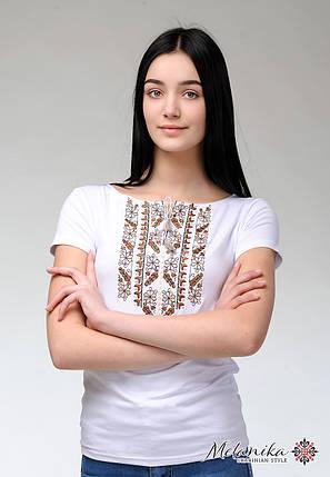 Женская летняя футболка с коротким рукавом с коричневой вышивкой «Природная экспрессия», фото 2