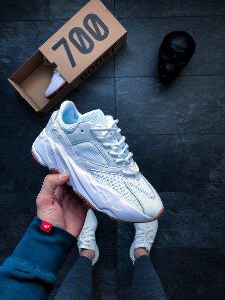 1f0cc965 Мужские кроссовки Adidas Yeezy 700 Boost White Gum (копия) адидас белые