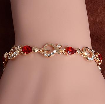 Браслет женский с красными камнями код 619