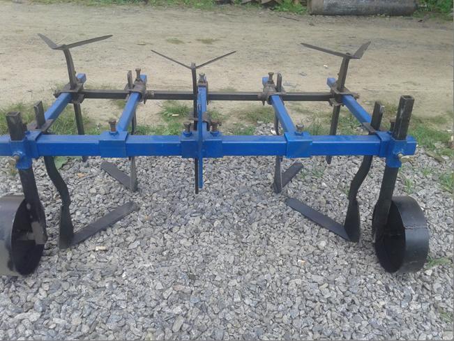 Культиватор междурядной и сплошной обработки для мотоблока ТМ АРА (0,8 м, опорные колеса)
