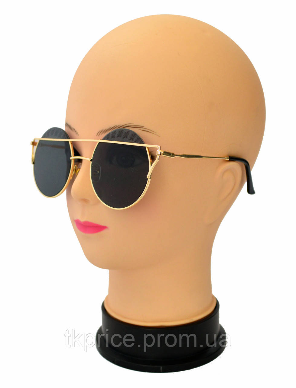 Стильные круглые женские солнцезащитные очки  3819