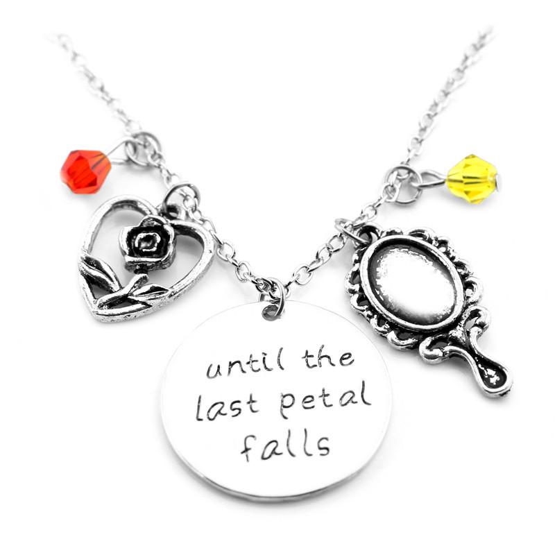 Колье Until the last petal falls Как только последний лепесток упадет с розы Красавица и чудовище