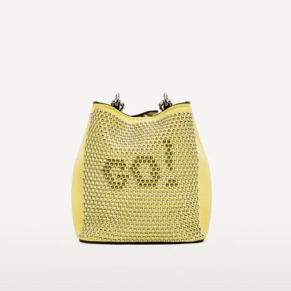 Сумка мини Zara с заклепками Зара (Zara Go Crossbody Mini Bag Studded Yellow)