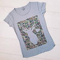 Женская серая футболка с оленем