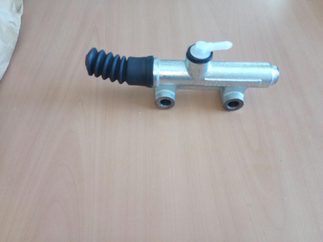 Главный цилиндр сцепления IVECO (280.129/4797845)