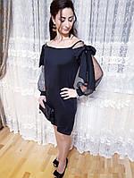 Стильное женское платье с бантами на рукавах