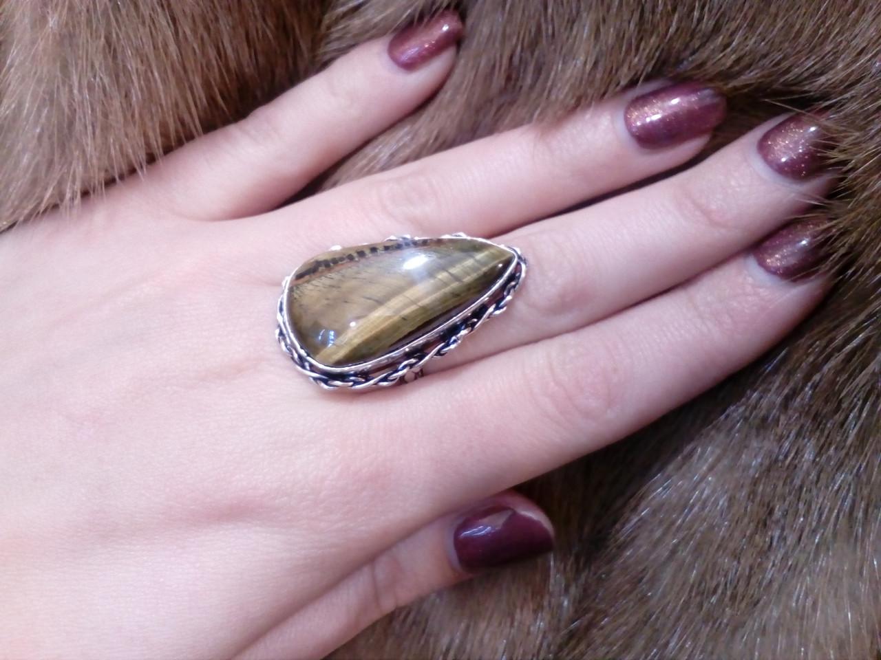 Кольцо тигровый глаз. Кольцо с натуральным тигровым глазом в серебре 18,5 размер Индия