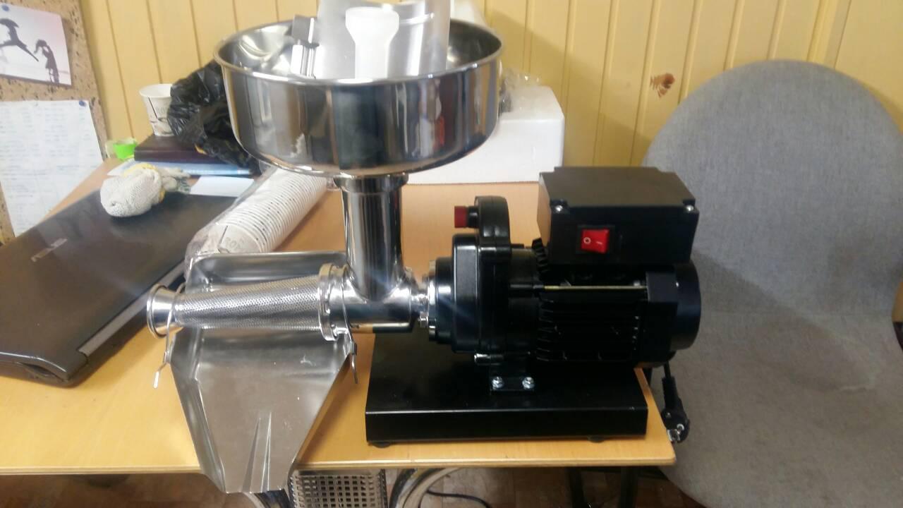 Соковыжималка машина для производства томатной пасты соус