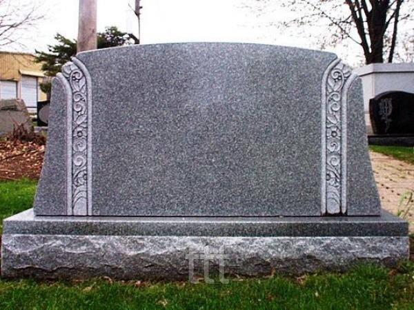 памятник из янцевского гранита