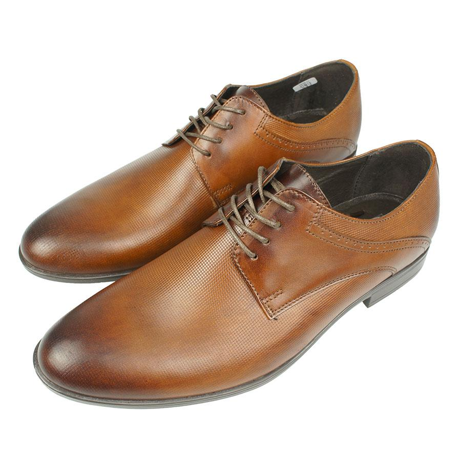 Чоловічі шкіряні туфлі Tapi A-6010/P11 Brazowy в світло-коричневому кольорі