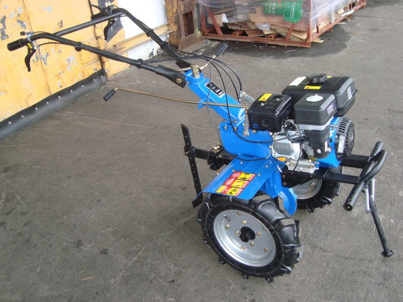 Мотоблок бензиновий ДТЗ 570Б - бензин 7 л. с.