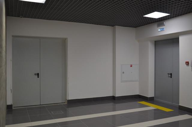 Противопожарные технические двери