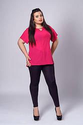 Модная шифоновая красная женская блуза увеличенных размеров.